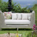 Jardin : meuble en métal ou en bois, lequel choisir ?
